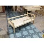 Кровать детская СТАНДАРТ   с бортом и вертикальные рейки, Массив, лак, ЛДСП, ложе фанера 8мм   h –124/134/144*64