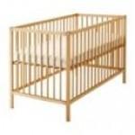 Кровать ясельная с высокими бортами СТАНДАРТ Массив, лак, оргстекло                              h –124*64